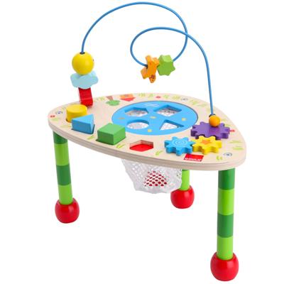 Table d'activités très complète: des formes à encastrer, des pièces qui tournent, tombent, glissent.. Une table qui réserve plein de surprises !